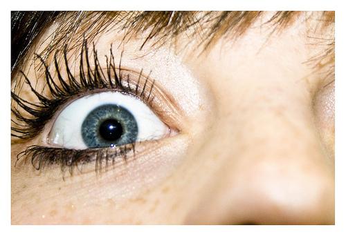 long_eyelashes_roomiccubeflickr