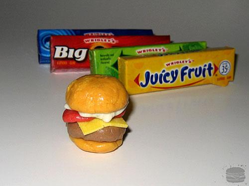 chewed-gum-burger