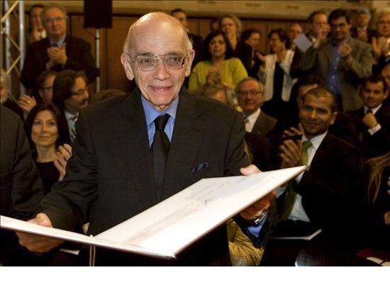 8. Jose Antonio Abreu