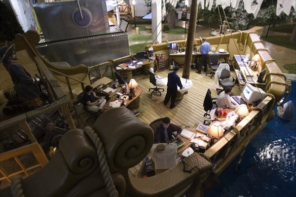 15 Amazingly Creative Themed Office Spaces
