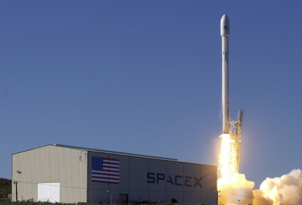 SpaceX Rocket Explodes During Takeoff
