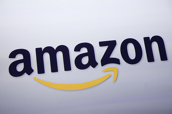 Amazon Largest Clothing Retailer in United States