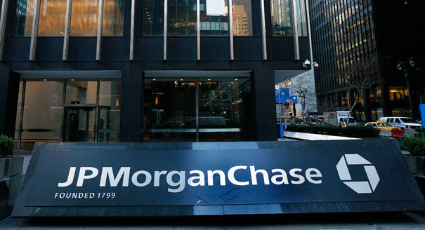 JPMorgan Chase CEO would pay more taxes without question