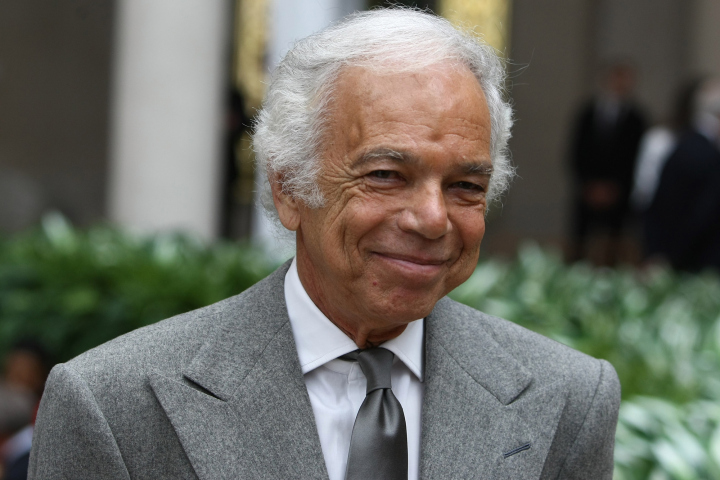 Ralph Lauren steps down from CEO role