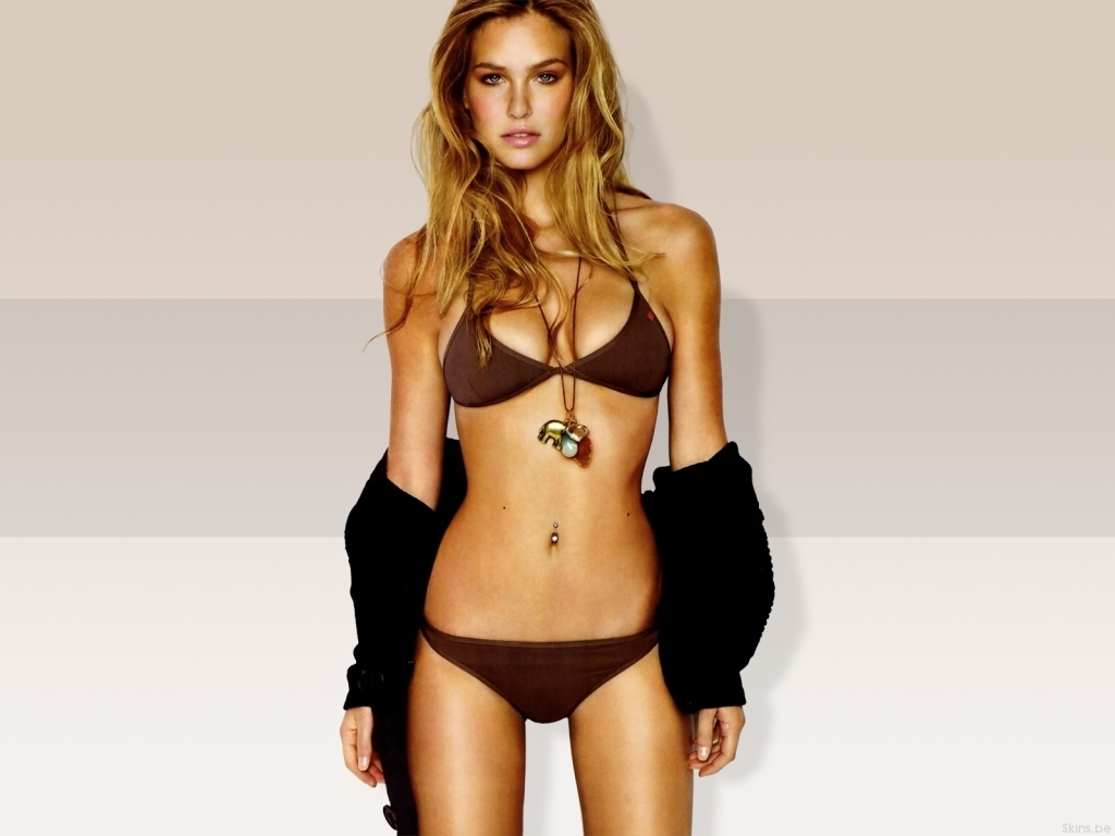 Bar Refaeli tax evasion