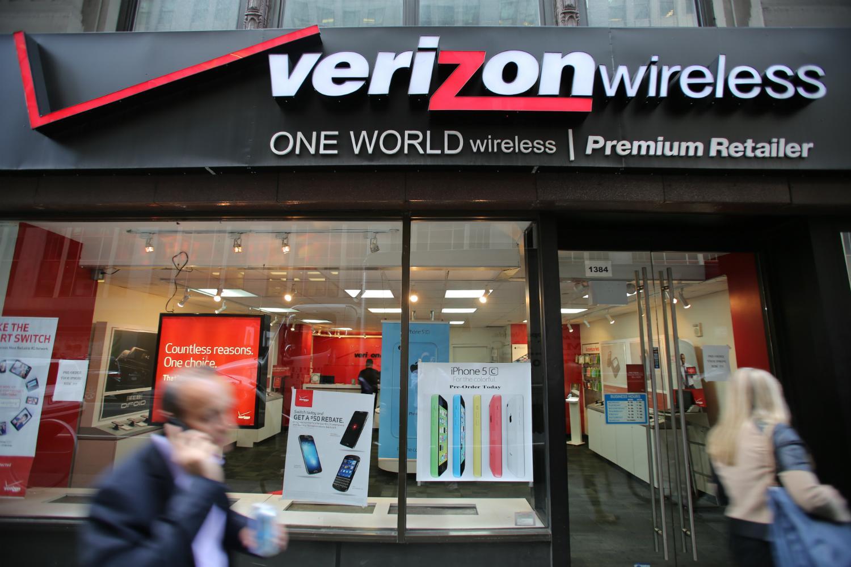 Verizon to buy Yahoo - Possibly