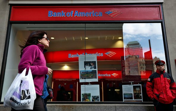 US consumer banks are slashing jobs and closing branches