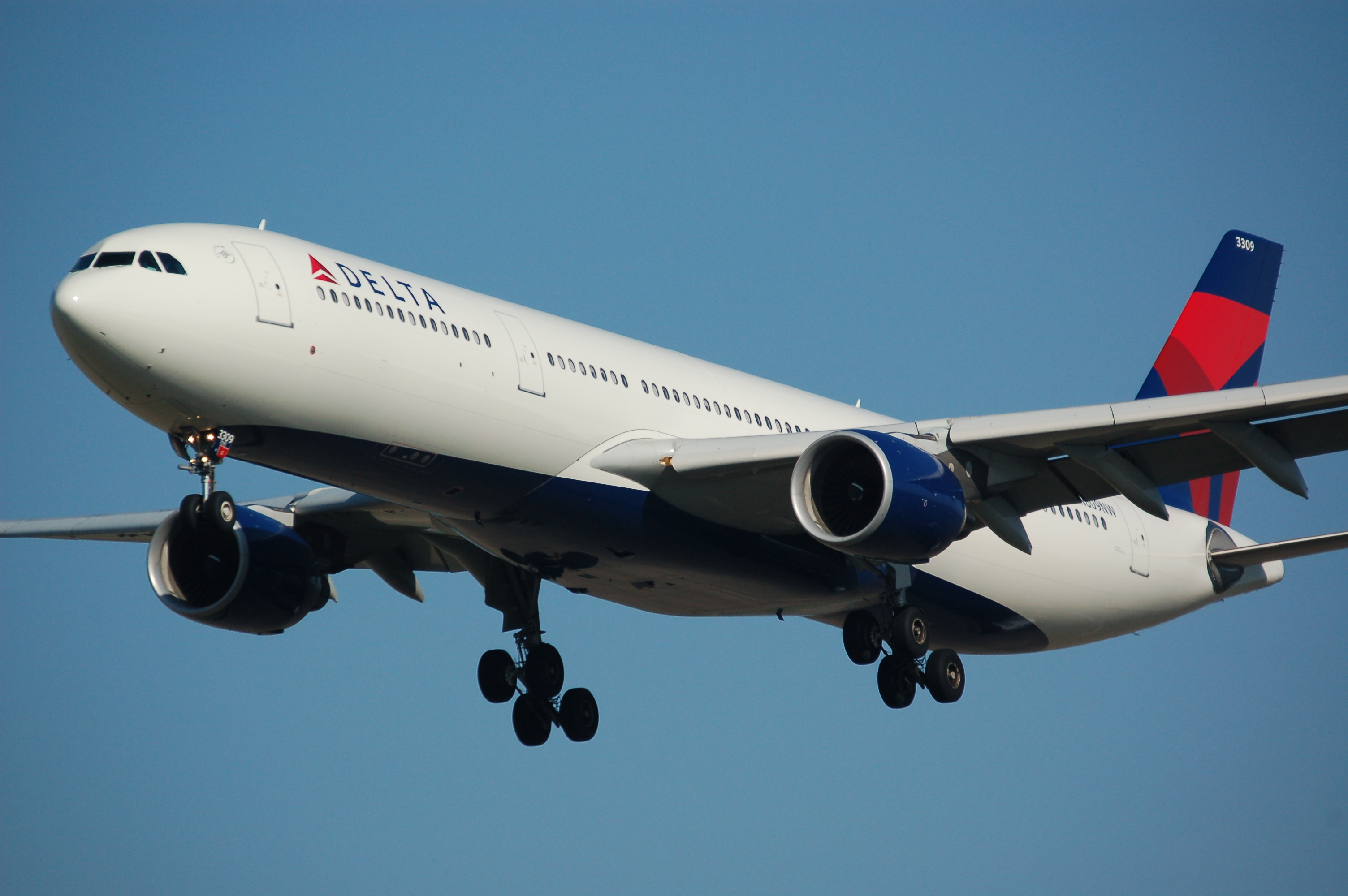 Delta Airlines pilots seeking massive pay increases