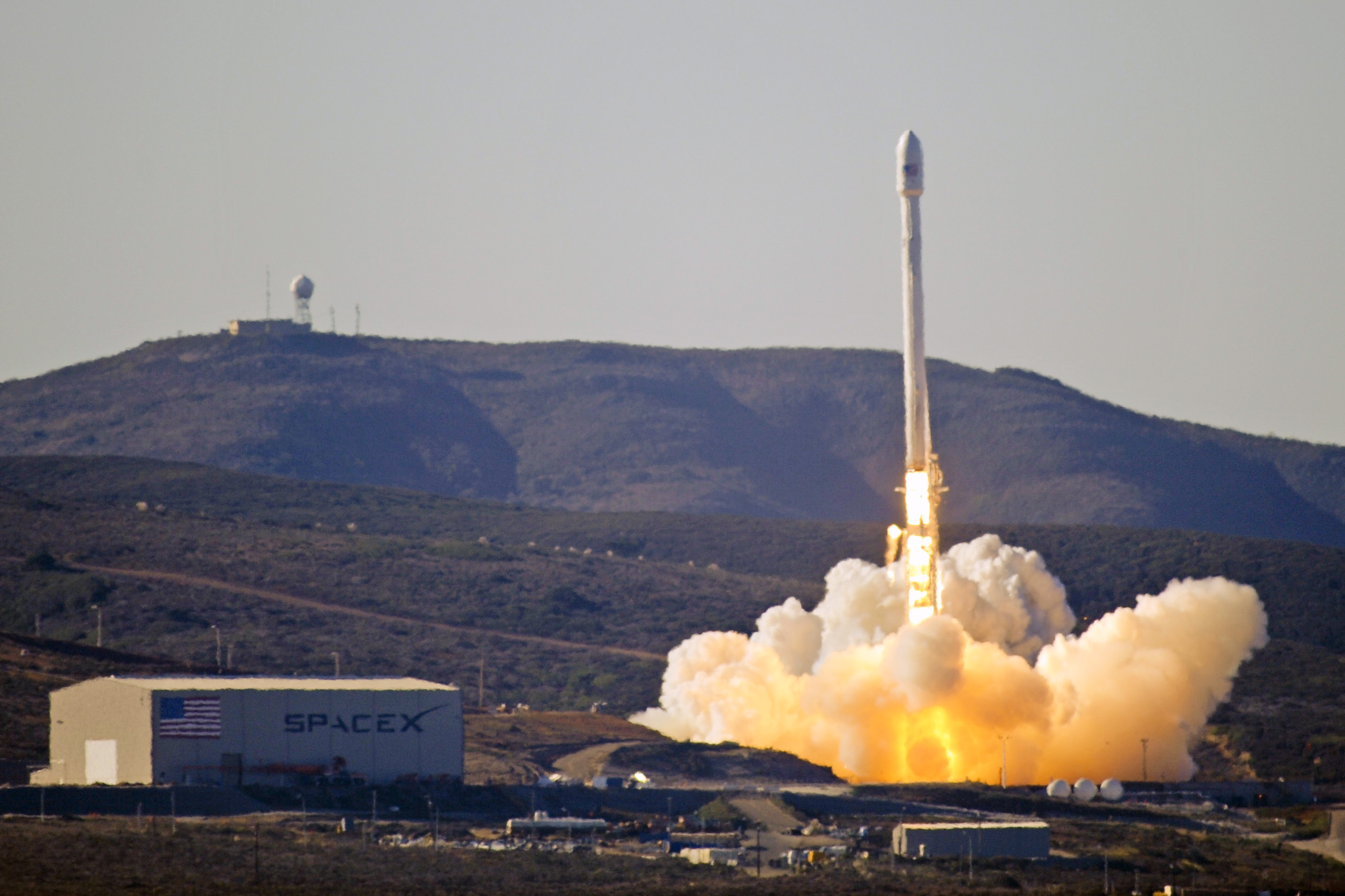 Falcon 9 Rocket - Elon Musk