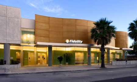 Fidelity ditches Amex and Bank of America