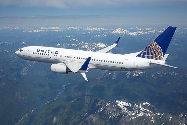 United Airlines cancels Washington DC flights ahead of snowstorm