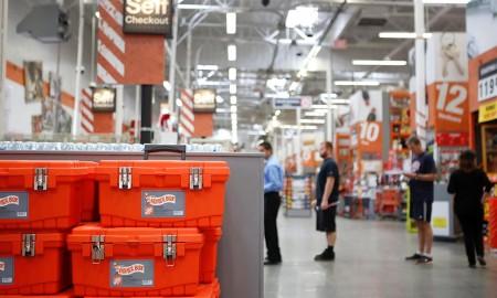 Home Depot hiring 80000 people