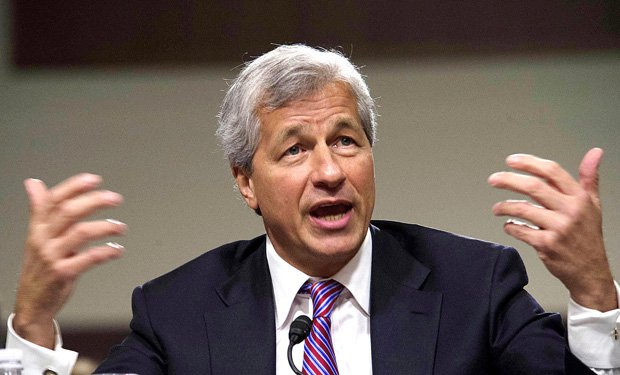 Jamie Dimon buys lots of shares of JPMorgan Chase with his own money