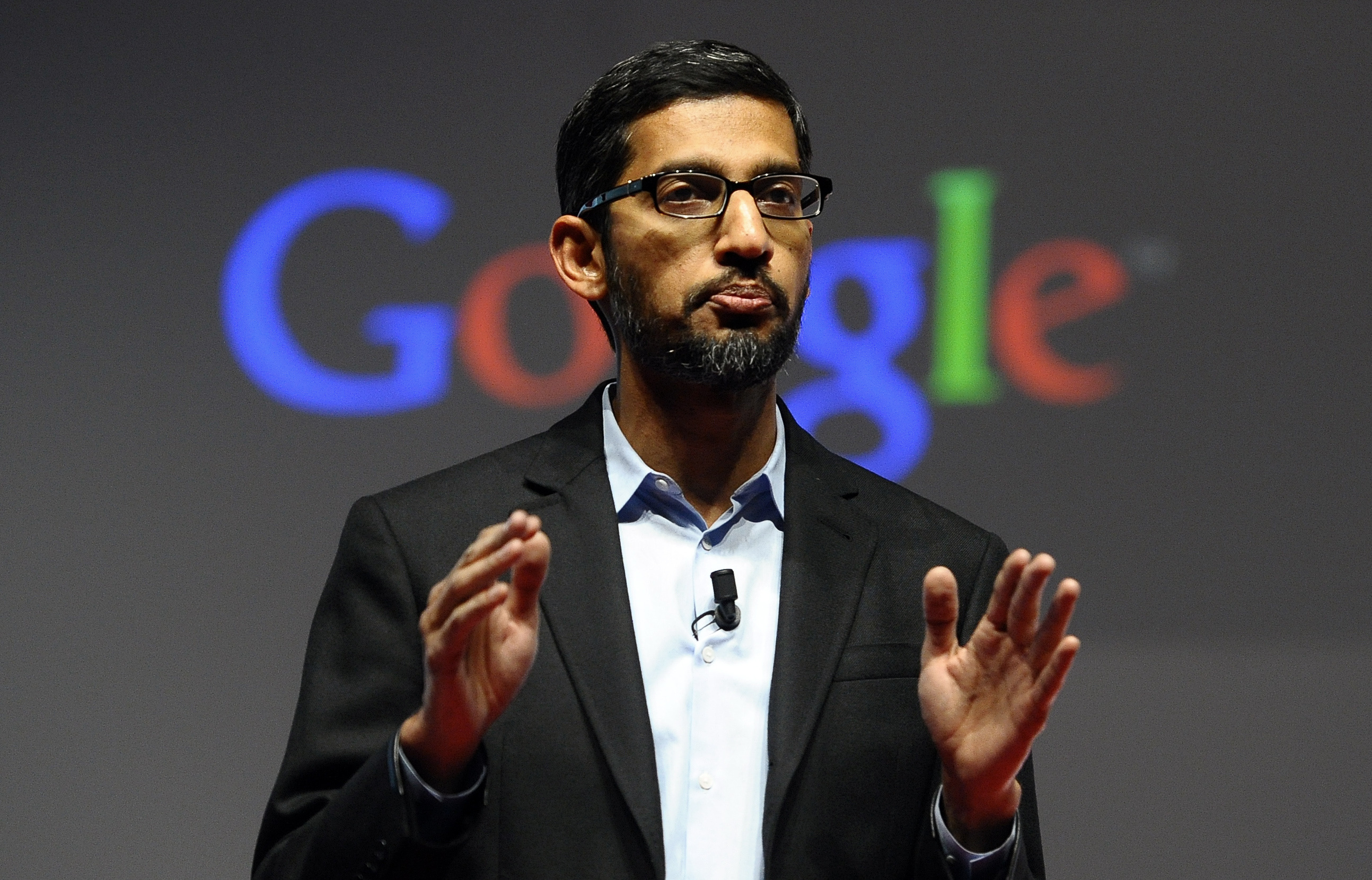 Sundar Pichai defends Tim Cook in FBI decision