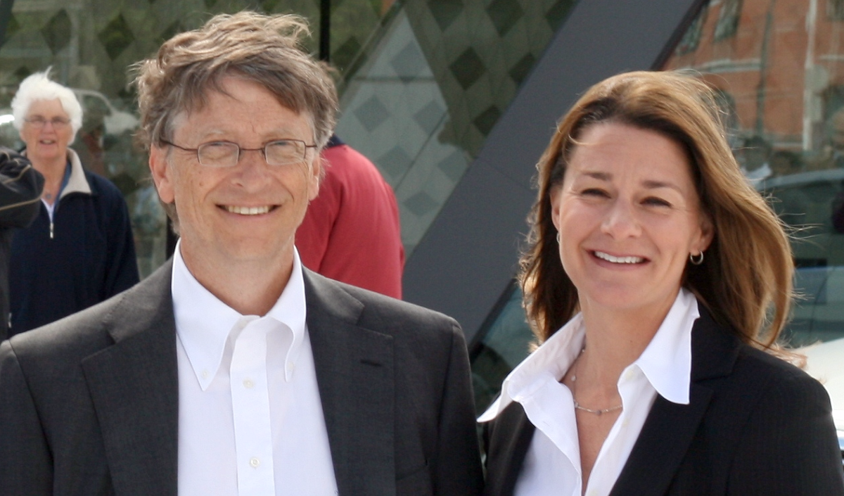 11 billionaires who are giving away their fortunes to worthwhile causes
