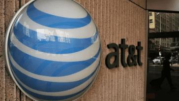 ATT bids on Yahoo