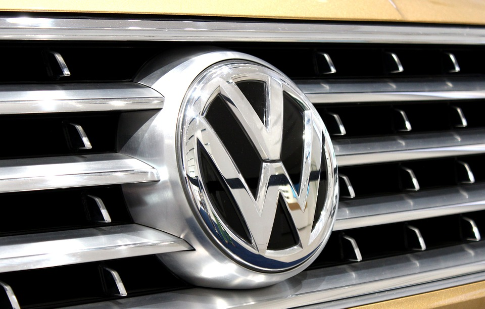 Volkswagen gives 120,000 employees a 5% pay increase
