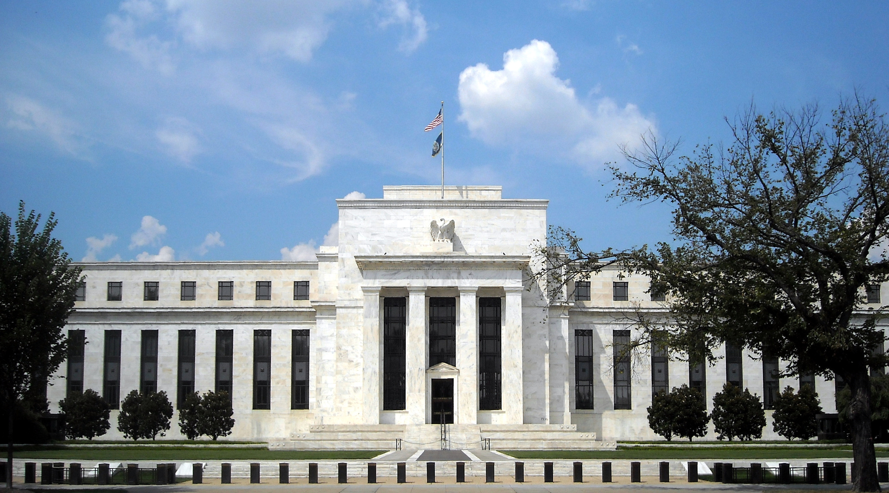Federal Reserve under attack by hackers