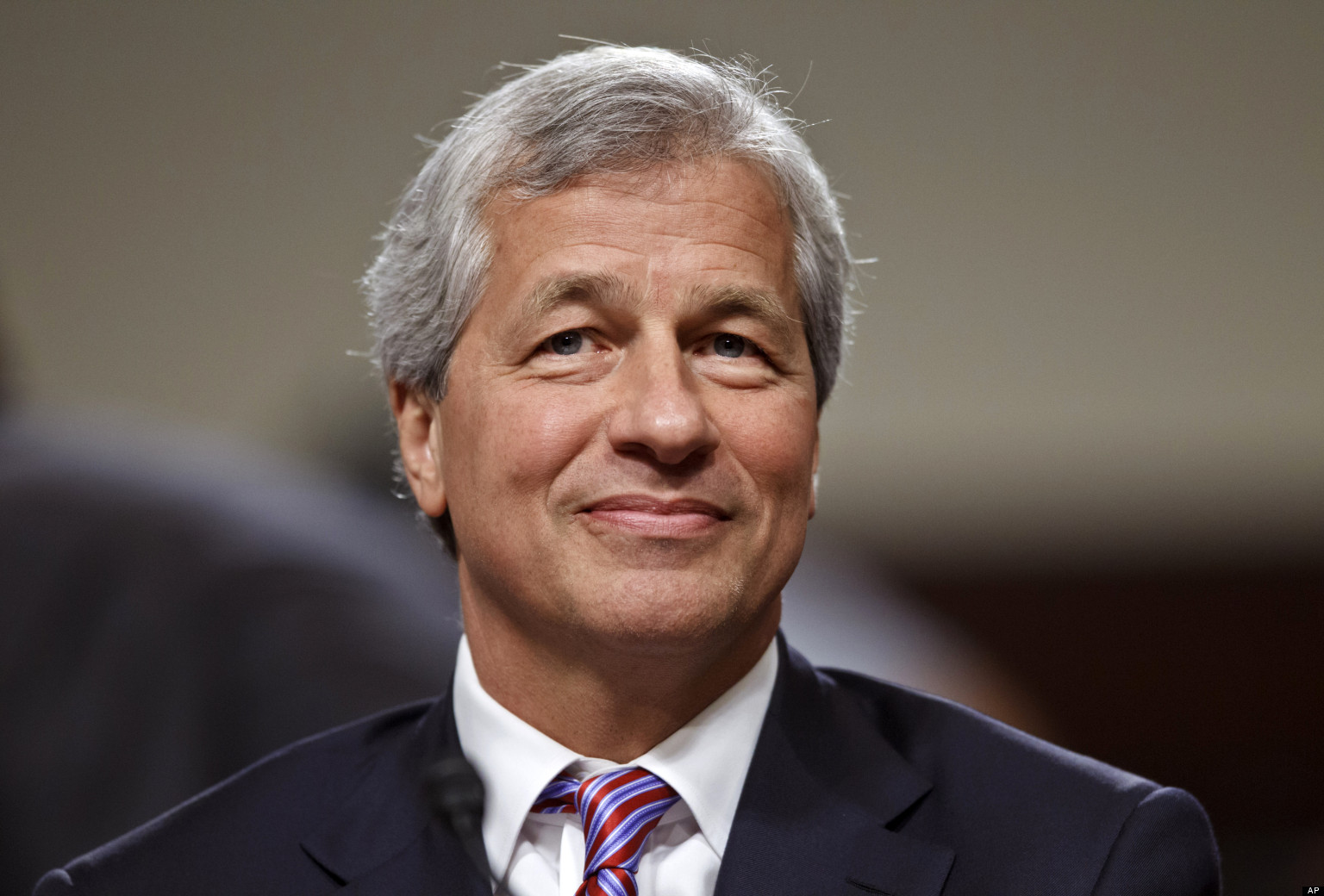 Jamie Dimon says Americans are being manipulated but there's hope