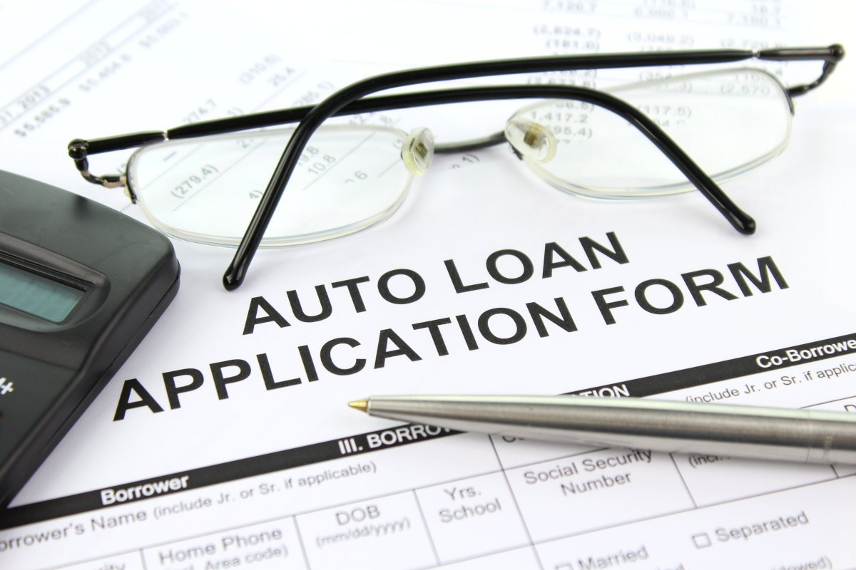 the auto financing industry The total outstanding debt for new and used auto loans, as well as leases, climbed to a record high of $1027 trillion in the second quarter, the credit bureau experian said the share of subprime and deep subprime loans, aimed at borrowers with poor credit, increased within that broad pool of outstanding.