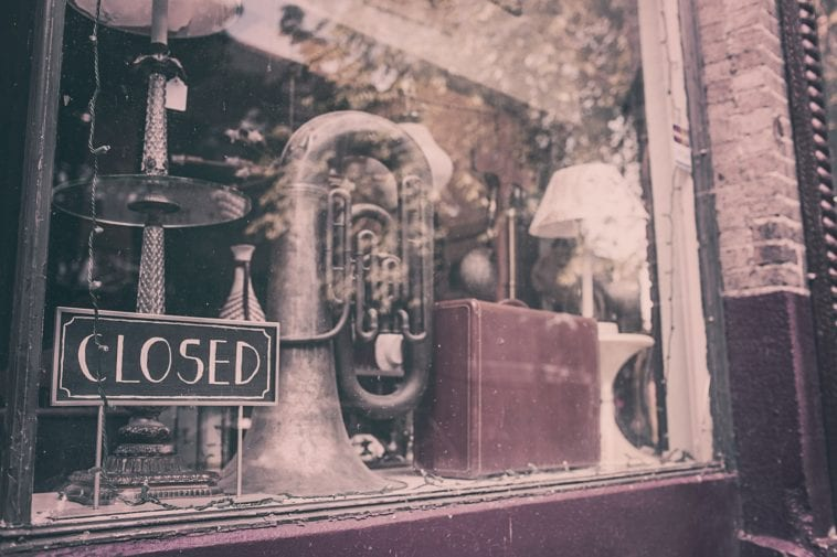 closed storefront photo