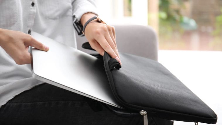 15 Awesomely Geeky Laptop Bags